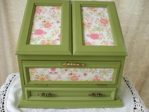 green & aqua jjewelry boxes 009