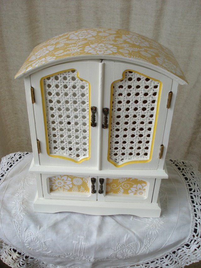 Citrus Yellow Upcylced Jewelry Box