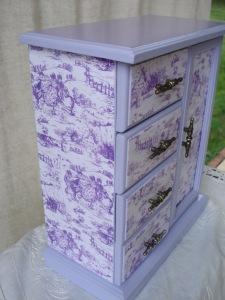 yello white jewlry box 012
